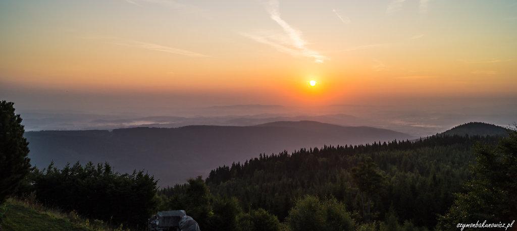 mountainstrip-1.jpg